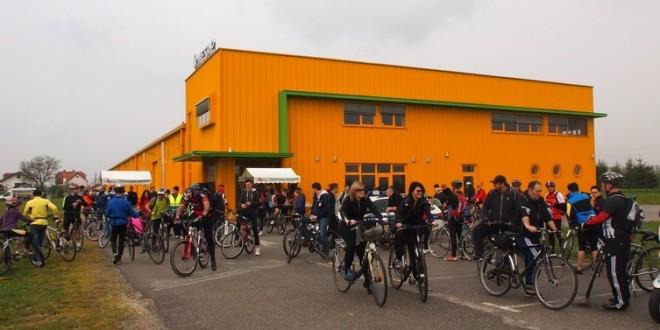"""Humanitarna biciklijada """"Pedalom do zdravlja"""""""