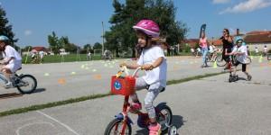djecja-biciklijada-u-pretetincu-50fb7172ed73938b728bdebef1714c78_view_article_new